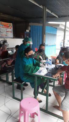 lapas-pekanbaru-gandeng-nakes-10-rumah-sakit-untuk-vaksinasi-wbp